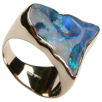 Black opal gold ring